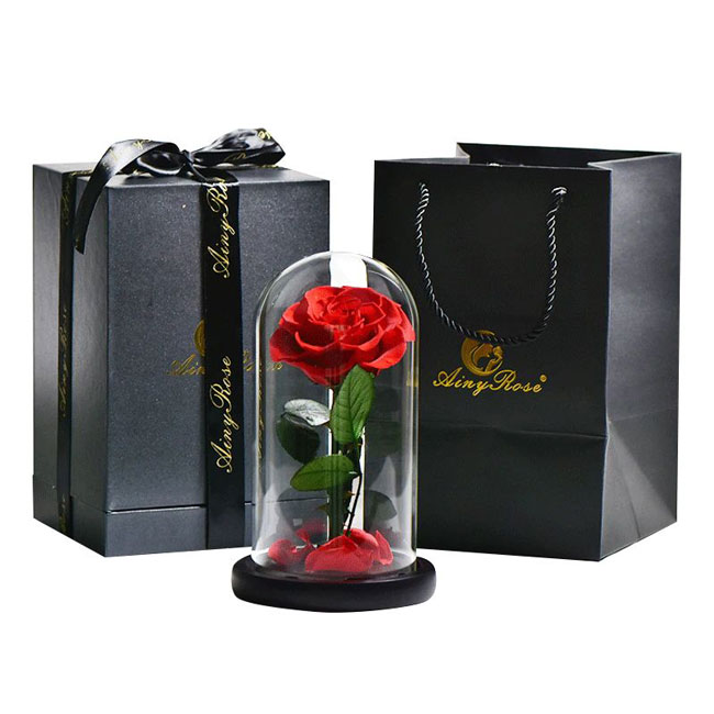 vecna-roza-v-stiklenica-s-podaricna-kutiq