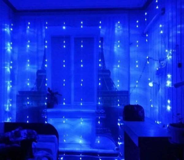 praznicni-lampi-led-zavesa-tip-vodopad-3m-x-3m-320-led-1