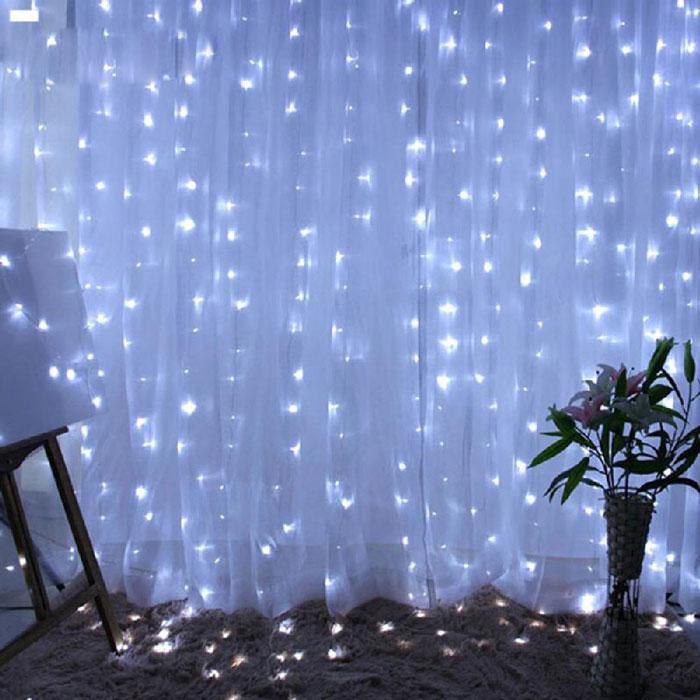 praznicni-lampi-tip-zavesa-3×3-metra-belii